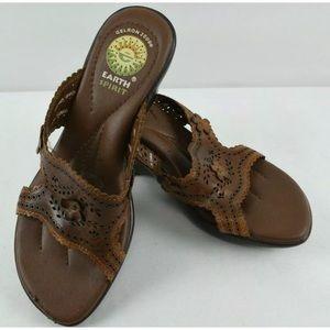 Earth Spirit Women's Brown Wedge Sandal 6.5